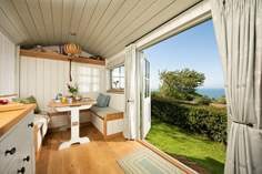Wild Pear Shepherd's Hut