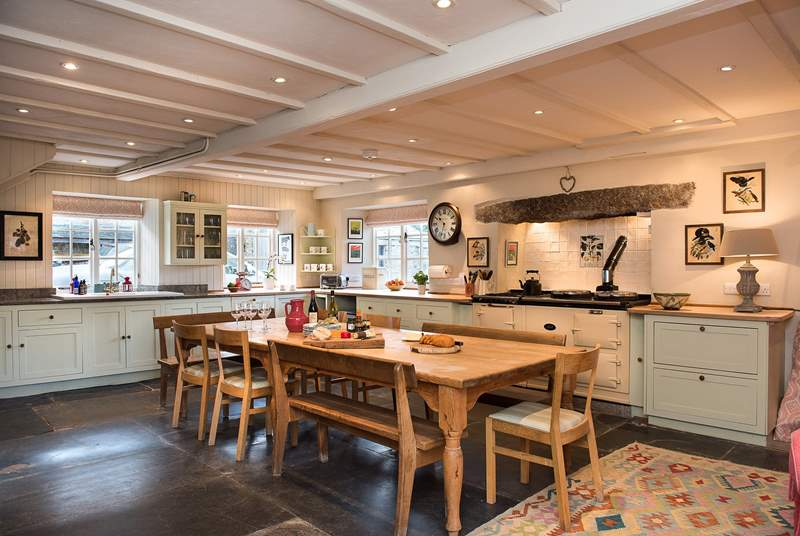 The stunning kitchen/diner.