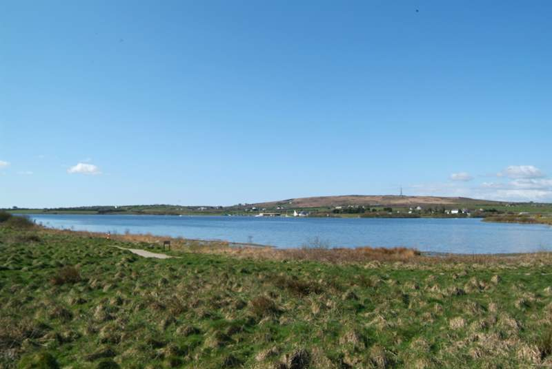 Stithians Lake is near by with many activities and a waterside pub.