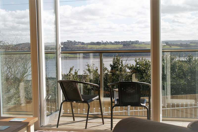The wonderful estuary view that you have from the first and second floors of this brand new build luxury property. Sit out on the balcony with a morning coffee and watch the changing tide.