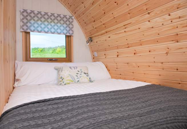 The comfortable double bed.