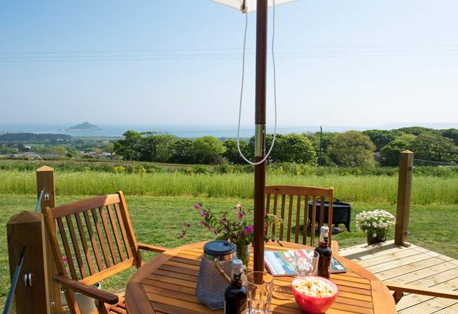 Breakfast, lunch, dinner or snack time, this is a super spot for al fresco dining.
