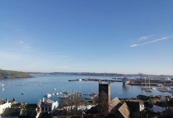 The view from 3 Thetis Place... watching the boats out on the water is absolutely mesmerising!