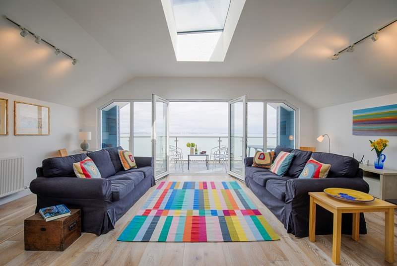 Another room with the 'WOW' factor and the most spectacular sea views from the first floor sitting-room and balcony.