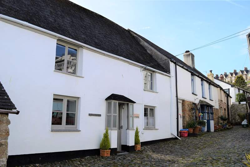Welcome to Pendower House, set in the heart of Newlyn, a bustling fishing village.