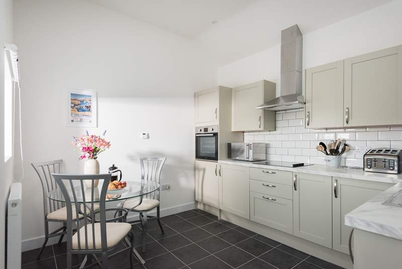 The modern eat-in kitchen/diner is a lovely place to practise your culinary skills.