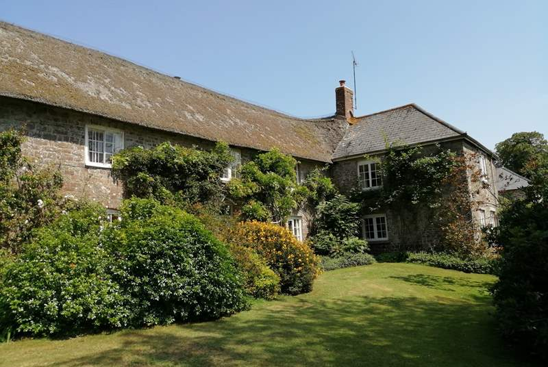Affeton Barton is the greater part of this historic Devon longhouse. It is filled with character, has a huge private garden, tennis court and seasonal open air swimming pool.