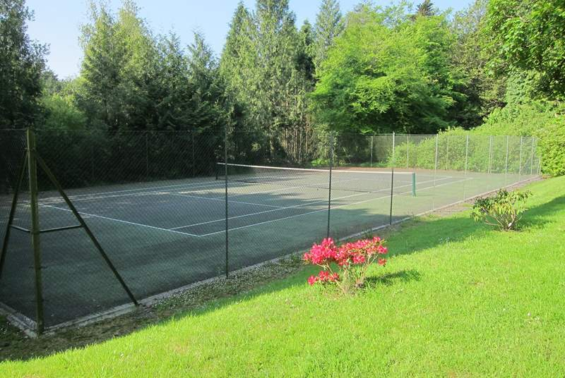 Another view of the well-maintained tennis courts.