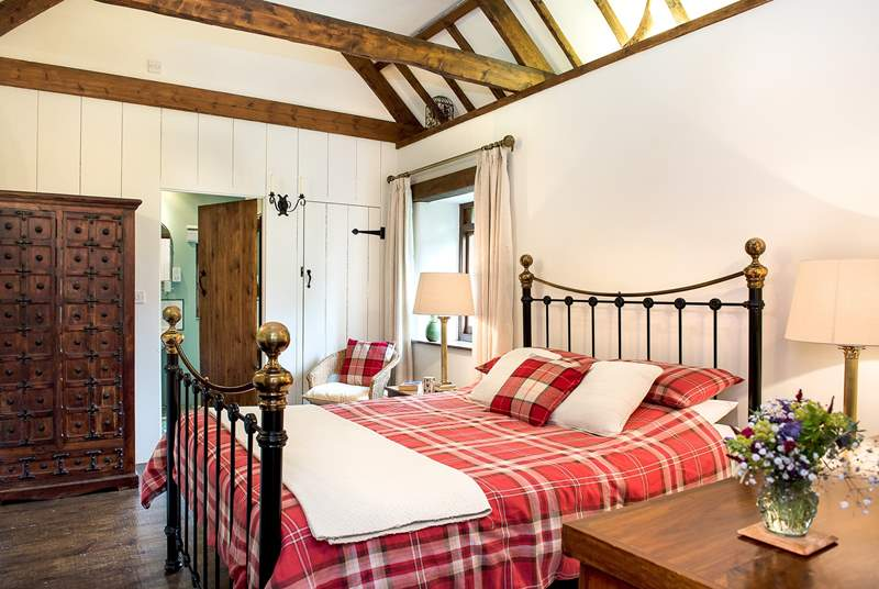 Meadow Barn's double bedroom.