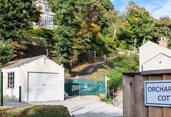 Orchard Leigh Cottage is located opposite the cycle path that takes you into Portreath, so bring your bikes.