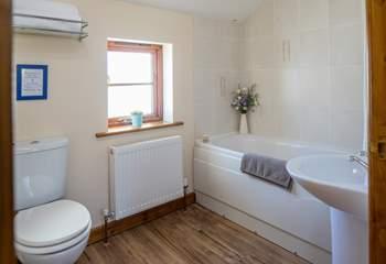 The en suite to bedroom two.