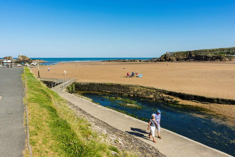 The gorgeous beach at Bude, Summerleaze.