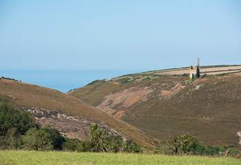 A stunning outlook towards Chapel Porth, taken from one of the roads leading to the wagon.