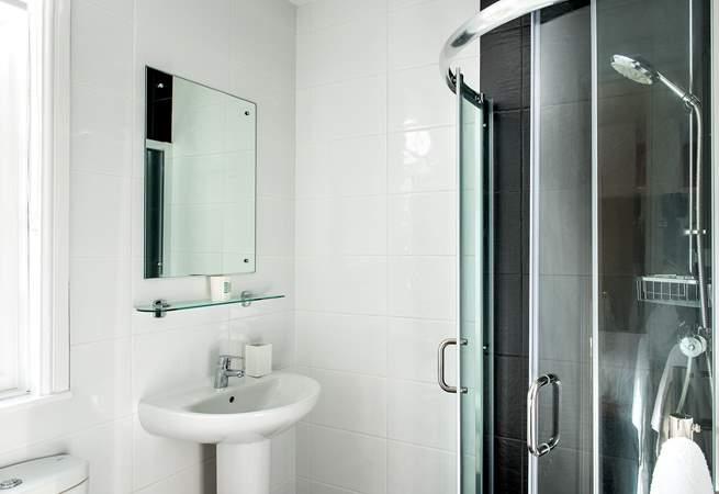 Bedroom 2 also has an en suite shower-room.
