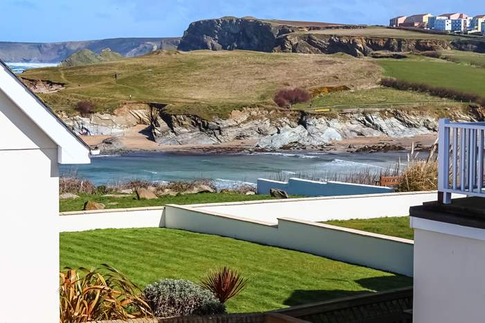 Cottages near Newquay to Watergate Bay