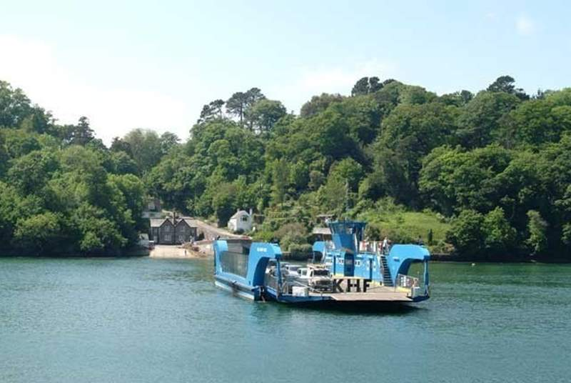 The Roseland is easily accessible on the King Harry Ferry.