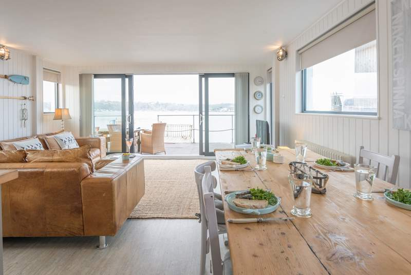 Great for entertaining, the spacious open plan living-room with kitchen and dining areas provides plenty of space for everyone.