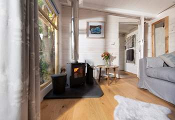 The warming wood-burner ensures year-round cosiness.