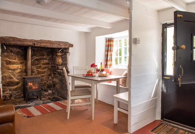 Open up the stable-door into this charming cottage.