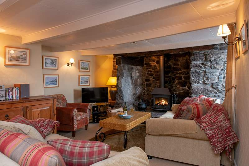 The is a stunning inglenook fireplace to keep you toasty.