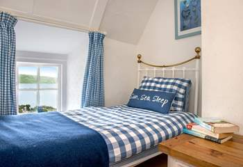 This single room is very cosy (Bedroom 2).