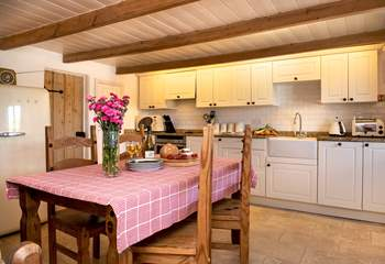 The charming kitchen/diner.