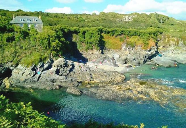 Prussia Cove is within walking distance for keen walkers.