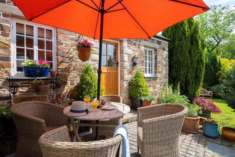 Enjoy leisurely meals outdoors.