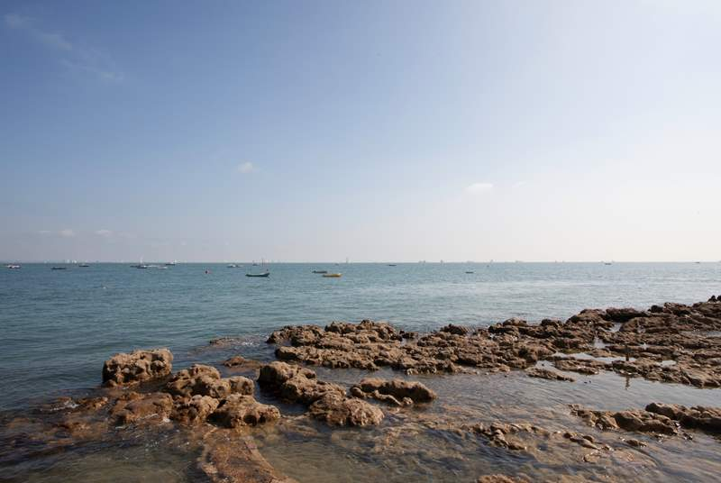Overlooking the Solent, Seaview has rockpools galore for crabbing.