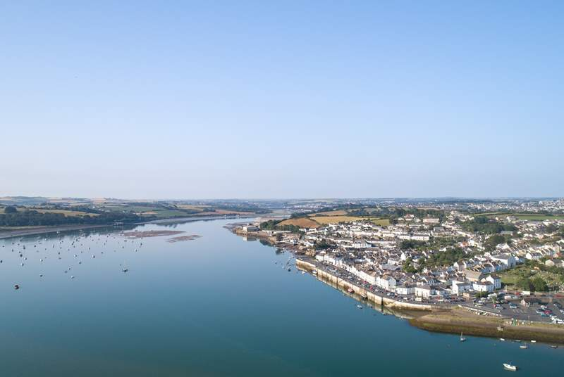 Nearby are lovely Appledore and Instow - facing each other across the Torridge Estuary.