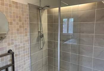 The stylish shower cubicle.