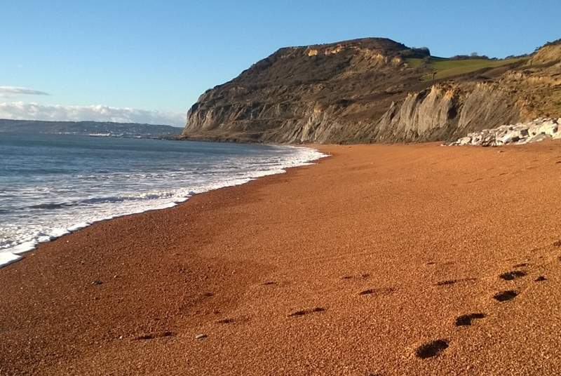 The dramatic Jurassic Coast is a very short drive from Old Sandpitts Lodge. West Bay at Bridport is the closest beach but there are so many others to explore.
