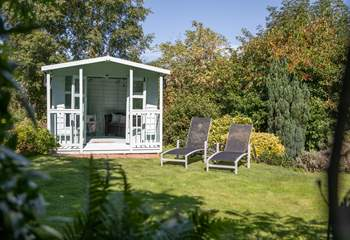 The summer-house is for your sole use. Sit back and relax in this glorious spot whilst the barbecue heats up.