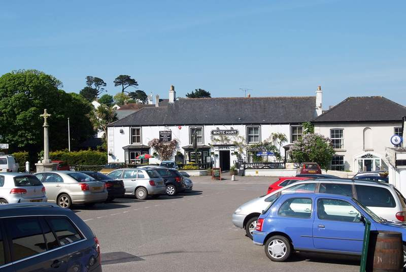 The village of St Keverne is only just up the road with a restaurant, butchers, village shop and two pubs and a very good farmers market (the last Saturday of every month).