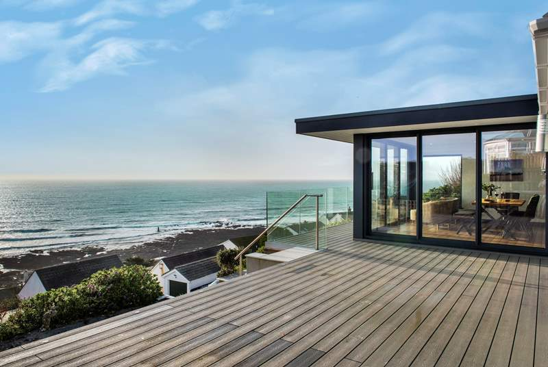 Welcome to the stunning Whitsand Bay View!