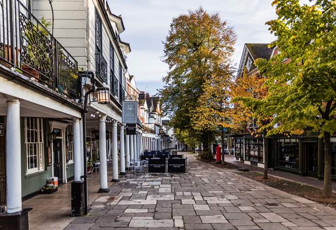 Tunbridge Wells has plenty of restaurants and cafes offering a range of British and continental cuisine.