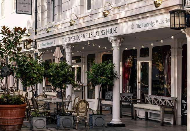 Just one of the many local places to eat in The Pantiles.