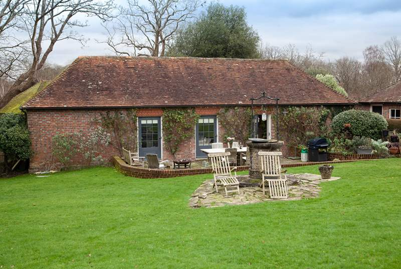 The Stable Block is nestled in stunning grounds, close to the village of Burwash.