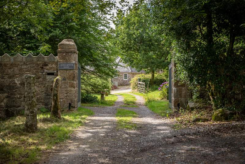 A private driveway leads you to Challamoor Cottage.