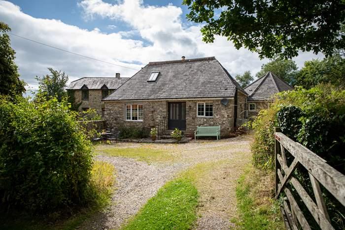 Cottages near The Tavistock Inn