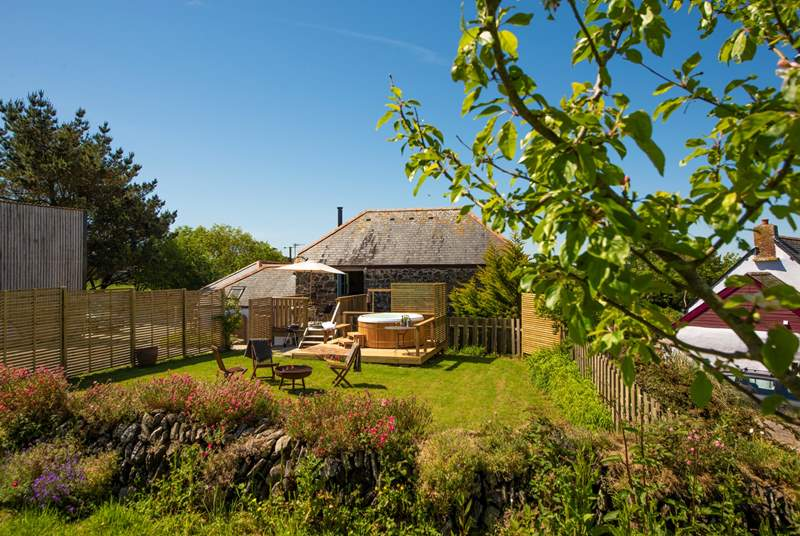Penvores Barn has all you might need for a truly refreshing break.