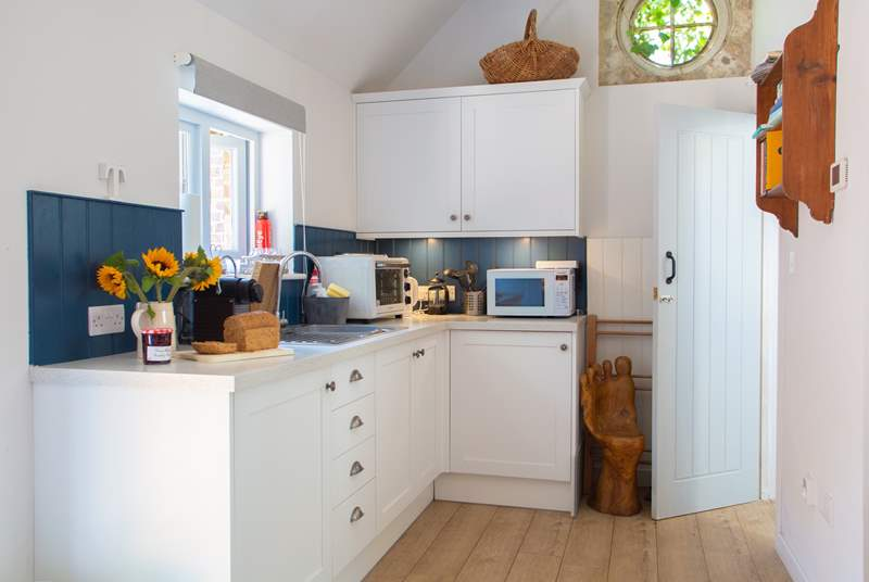 The kitchen area, all that you need to prepare that special meal.