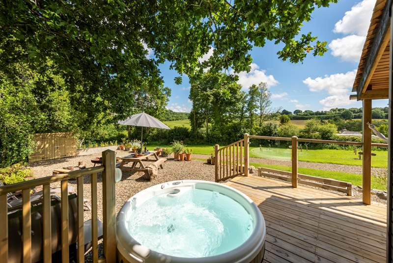 Relax in the hot tub, snooze on the sun-loungers or dine al fresco - bliss!