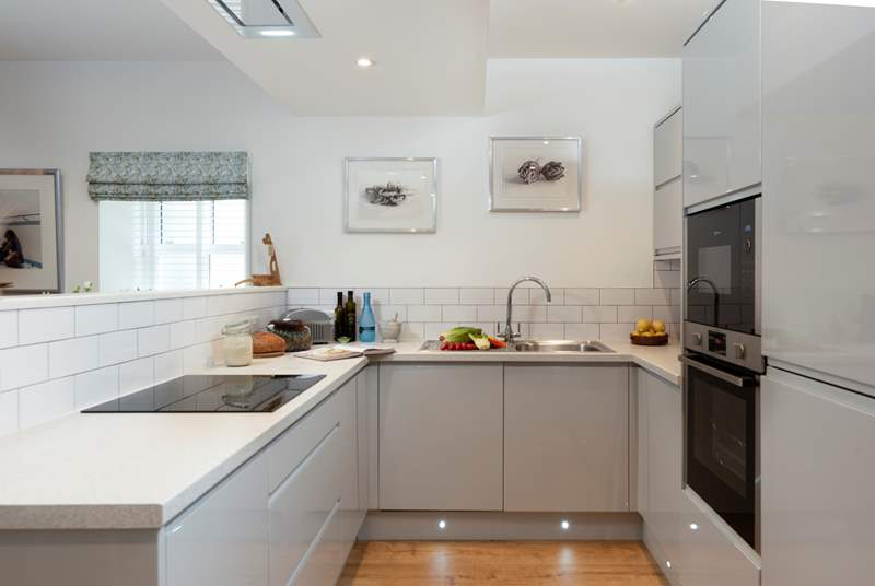You have a fabulous modern kitchen at Poppy Cottage with lots of work space.