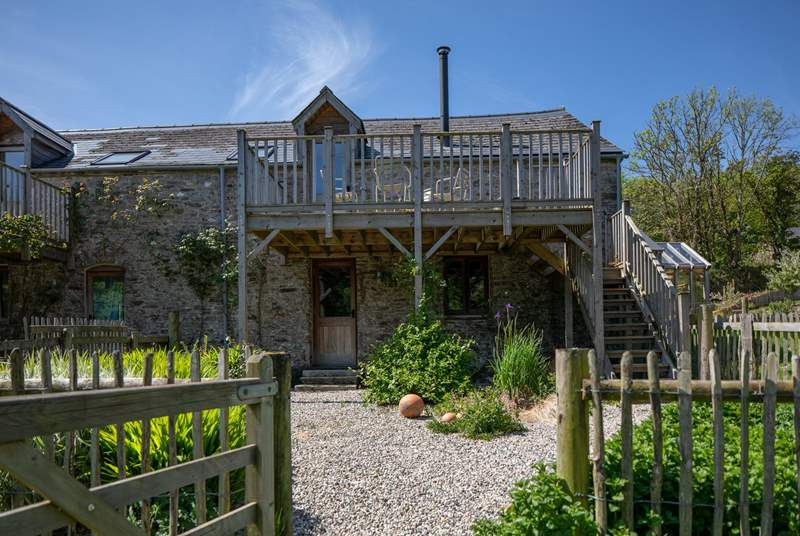 Beck Barn is a fabulous barn with spectacular far reaching countryside views.