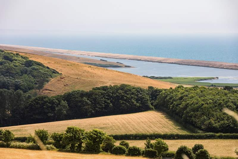 The stunning Jurassic Coast is just a short drive away.