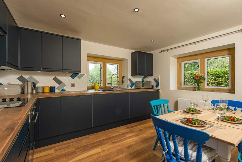 Everything in this cottage is brand new, including this stylish kitchen.