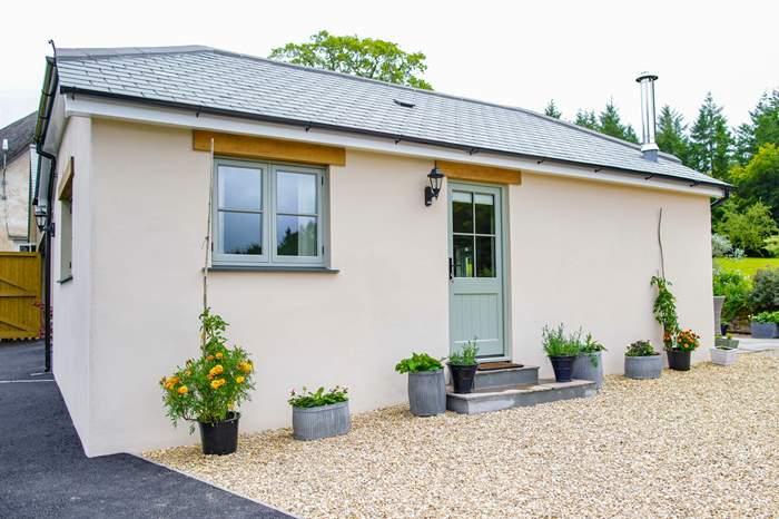 Cottages near Half Moon Inn