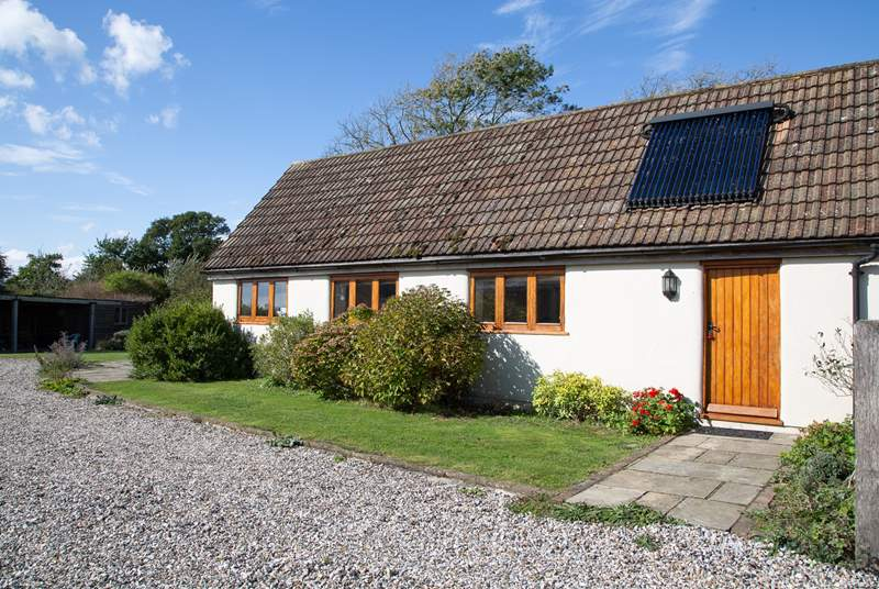 A welcoming cottage for two in the heart of an organic dairy farm.