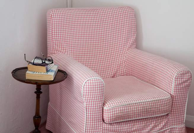This double benefits from a reading chair for those lazy coffee mornings.